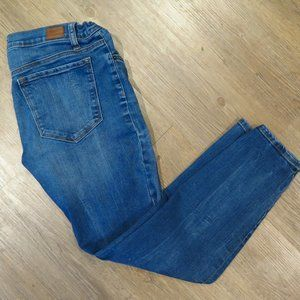 BDG Urban Outfitters Mid-Rise Grazer Jeans